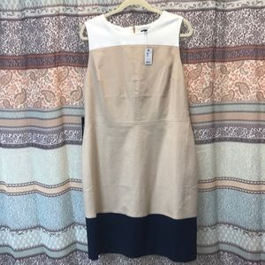 Colorblock Lined Pencil Dress